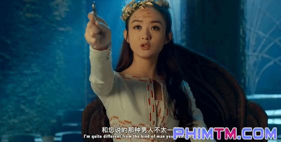 Triệu Lệ Dĩnh đánh úp người hâm mộ bằng loạt ảnh đầy quyền lực - Ảnh 3.