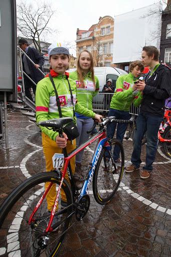 met de fiets van Langeveld in de hand