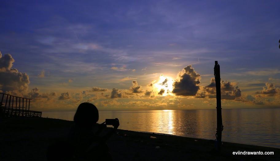 Foto Sunries di Derawan