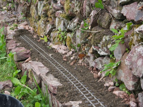Track on the ledge
