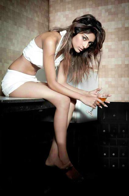 Erika Fernandes Hot Photos 1079 - Top 30 Most sexiest photos of Erica Fernandes- Hot Navel Cleavage Photo Gallery