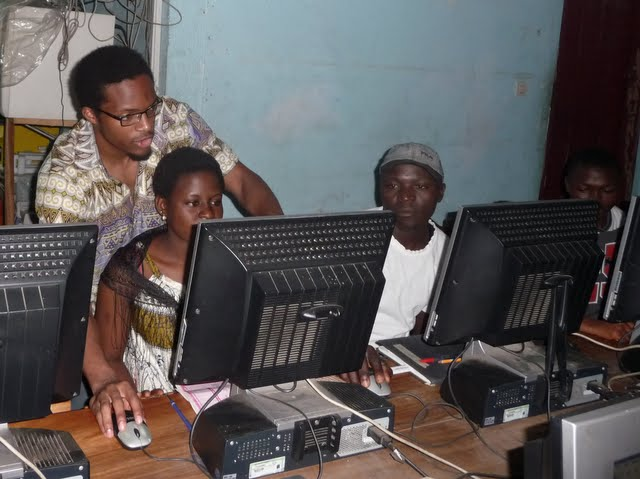 Free Computer Classes - P1090251.JPG