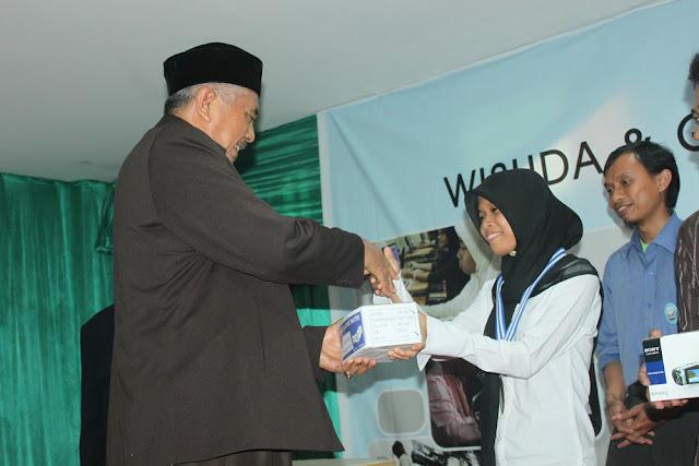 Wisuda dan Gemilang Expo 2011 - IMG_2106.JPG