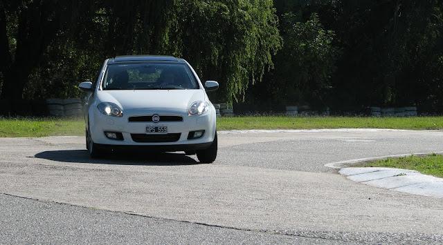 Fiat%2520Bravo%2520y%2520Peugeot%2520308Sport_3316.JPG