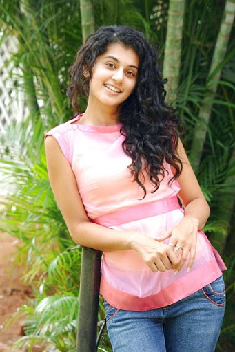 Taapsee Pannu Body Size