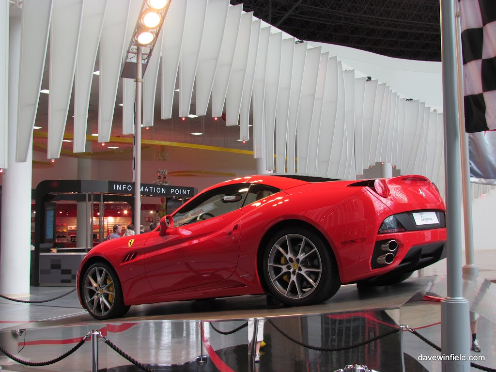 0220Ferrari World