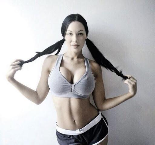 Veronika Black Photos