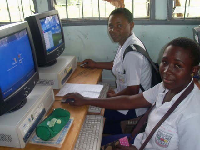 GTHS Computer Lab - nov29%2B032.JPG