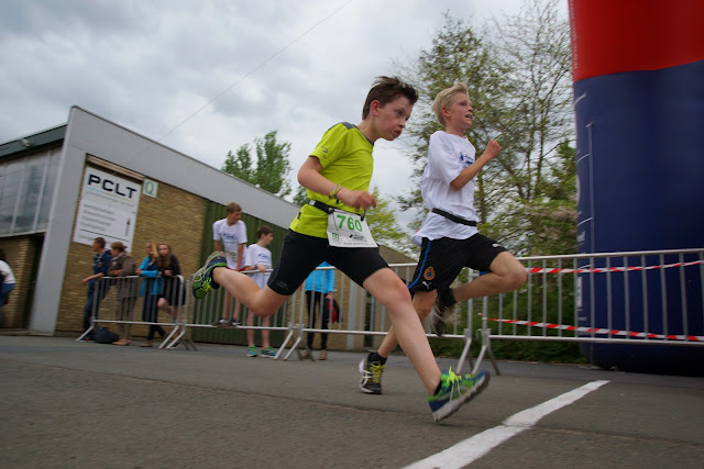 fotofinish, Dwars over de Mandel