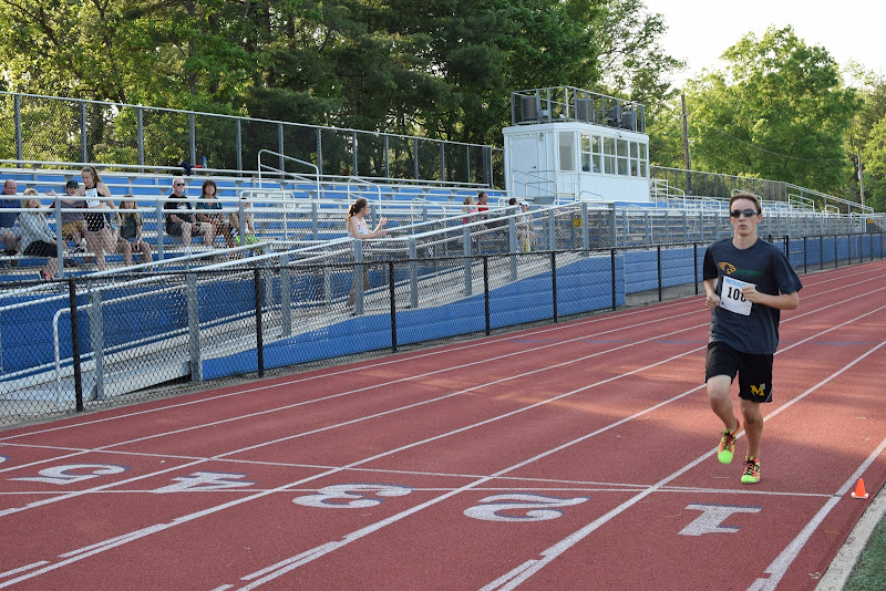 May 25, 2016 - Princeton Community Mile and 4x400 Relay - DSC_0107.JPG