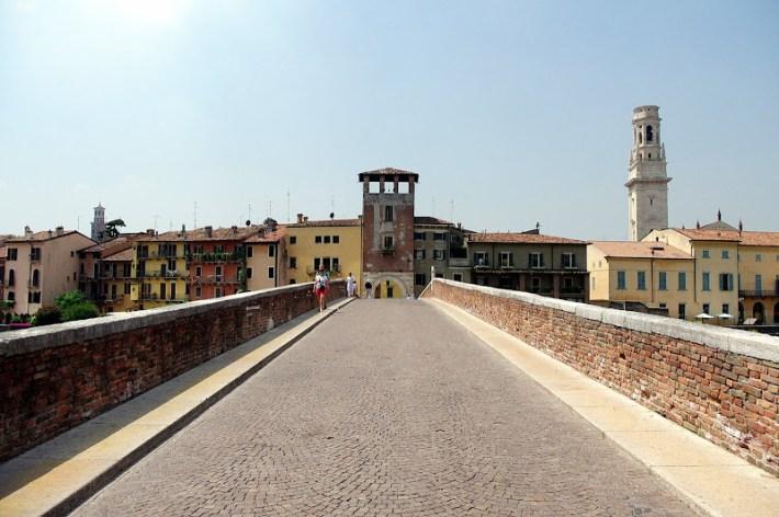 Puente de Piedra, Verona