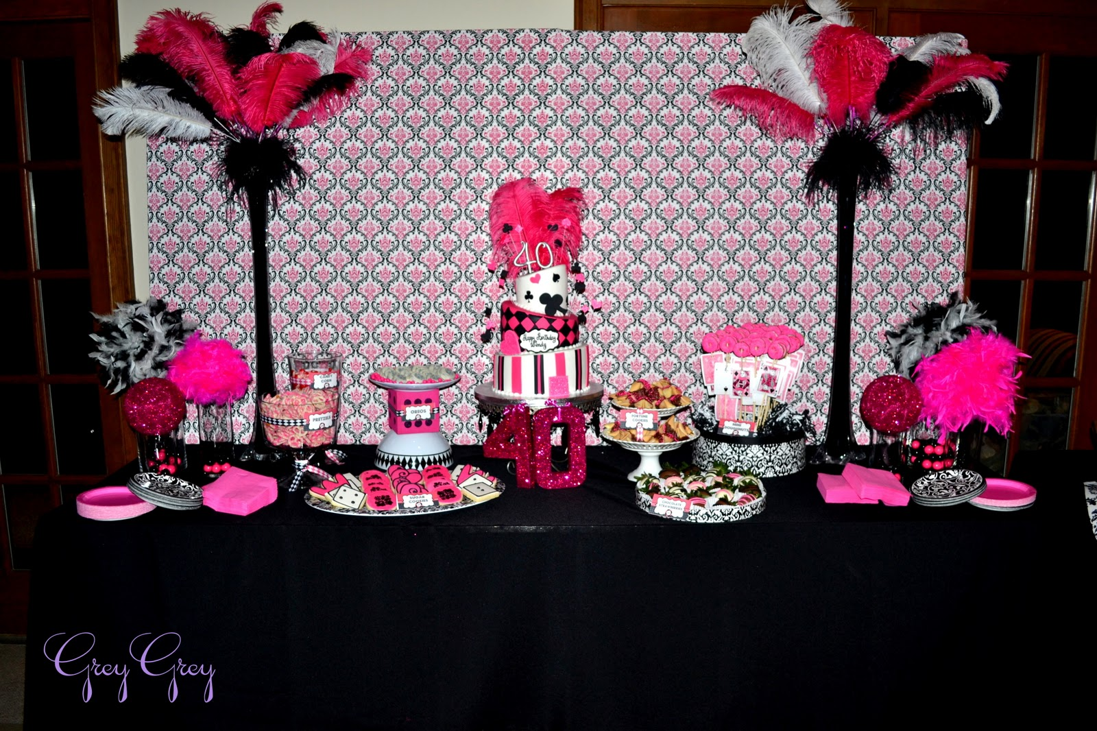 GreyGrey Designs: {My Parties} Hot Pink Glamorous Casino