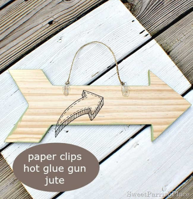 DIY hanging brackets @ www.sweetparrishplace.com