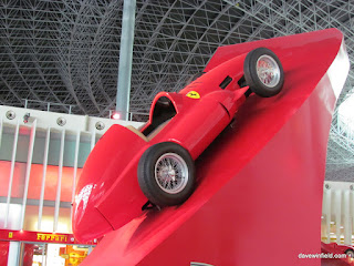 0120Ferrari World