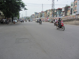 0003Pedicab_Ride_in_Hanoi