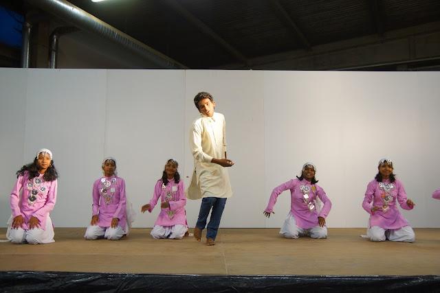dansers uit India