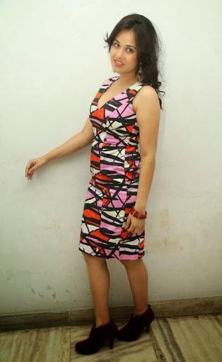 Nisha Kothari Height
