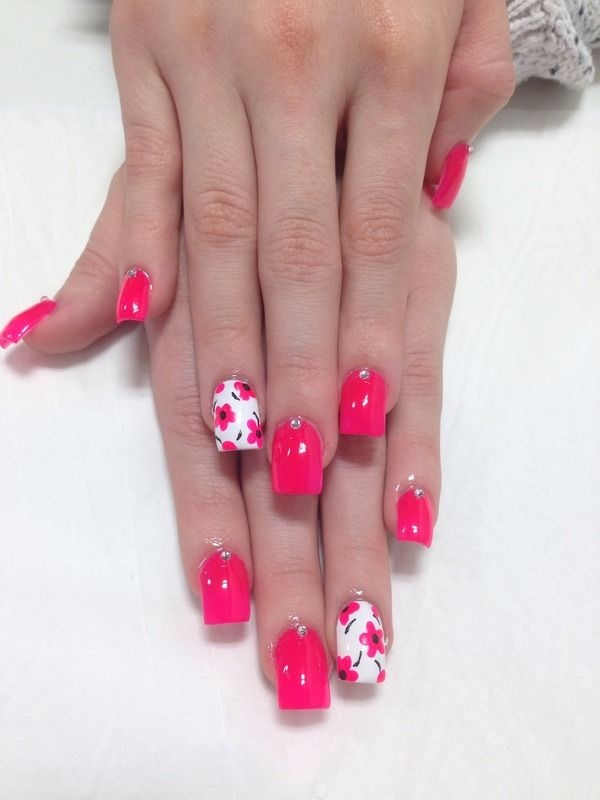 Pink and white nails desgins for this season pretty 4 in the event that you host a flower print on your get together dress and you wish to combine it with your nails its extremely straightforward solutioingenieria Images