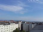 Ein schönes Wochenende aus Wien-Favoriten,  sowohl am Samstag wie auch am Sonntag bleibt es hochsommerlich mit Werten von 30 Grad am Samstag und bis zu 33 Grad am Sonntag. Gegen Nachmittag und Abend muss man dann aber am Sonntag mit Regenschauern und Gewittern rechnen. #Wetter #Wien #Wettervorschau #Wochenende