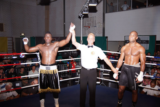 Yves Ngabu wint van Sylvain Luce