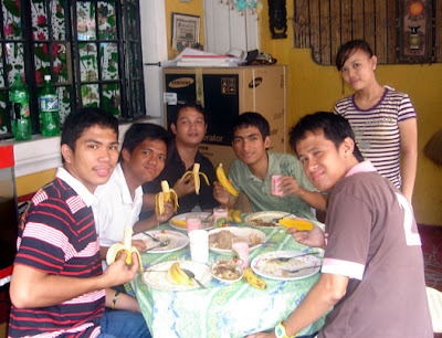 March 14: Students eating banana