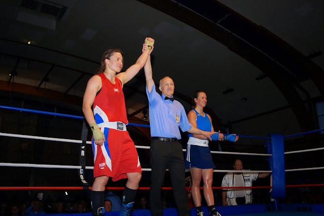 Oshin Derieuw wint bokskamp