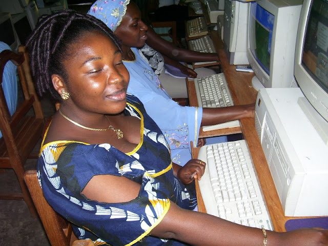 IT Training at HINT - nov19%2B019.JPG