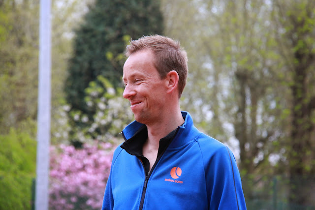 coach Dirk De Vries