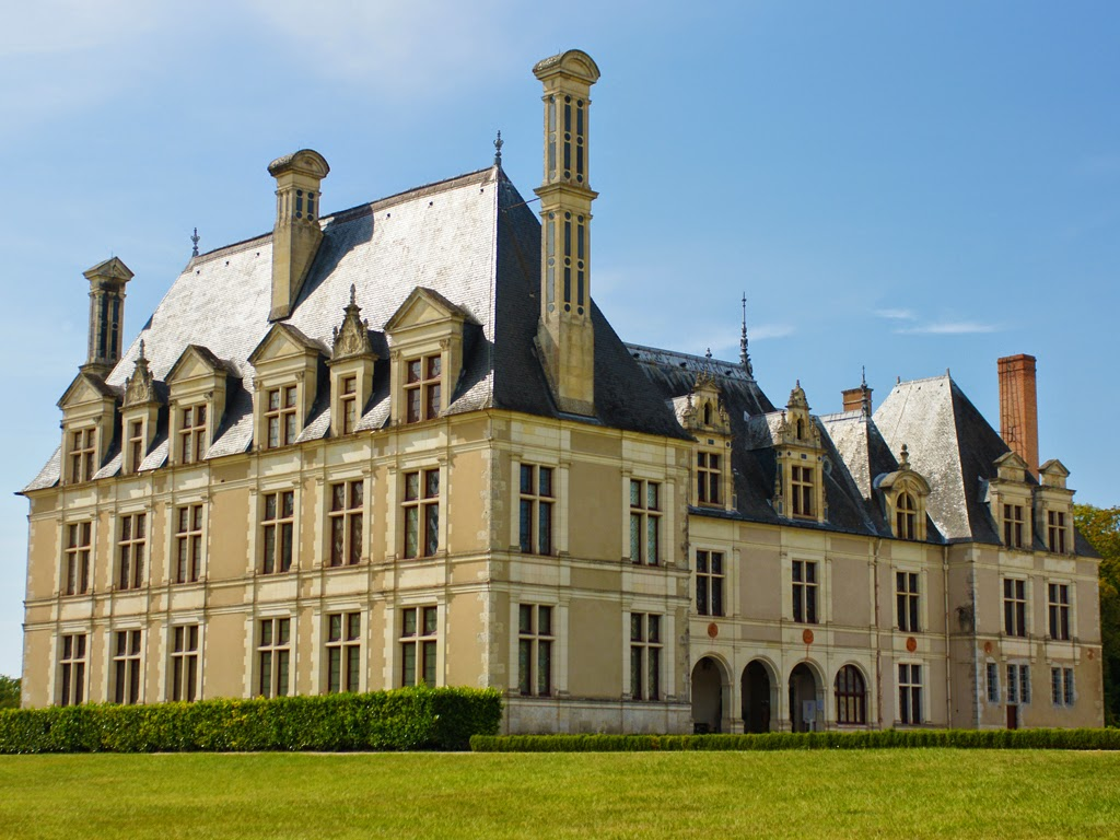 (83)clean-chateau-beauregard-cellettes©CDT41-cmarino