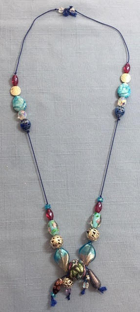 Holiday Fair Crafts - Necklace6.jpg