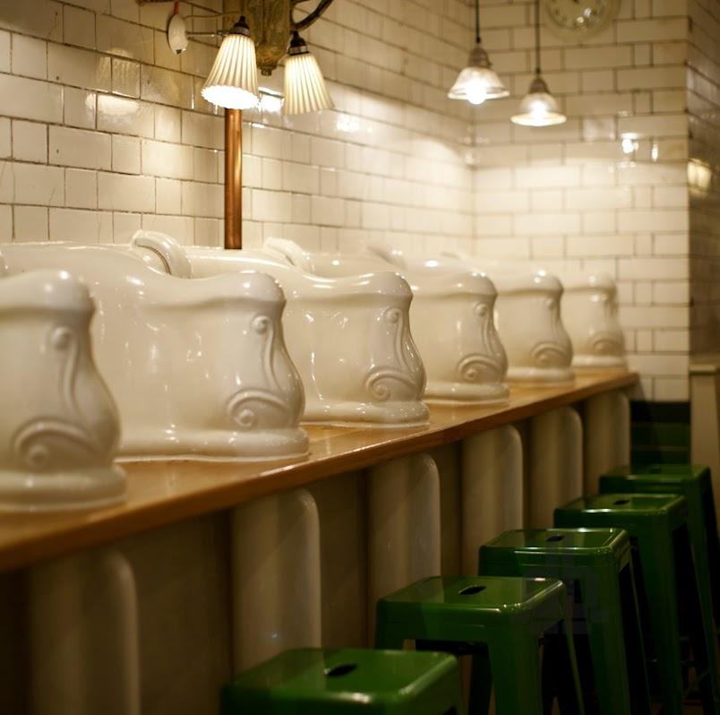 *保有60年代維多利亞風格:attendant廁所咖啡廳! 2