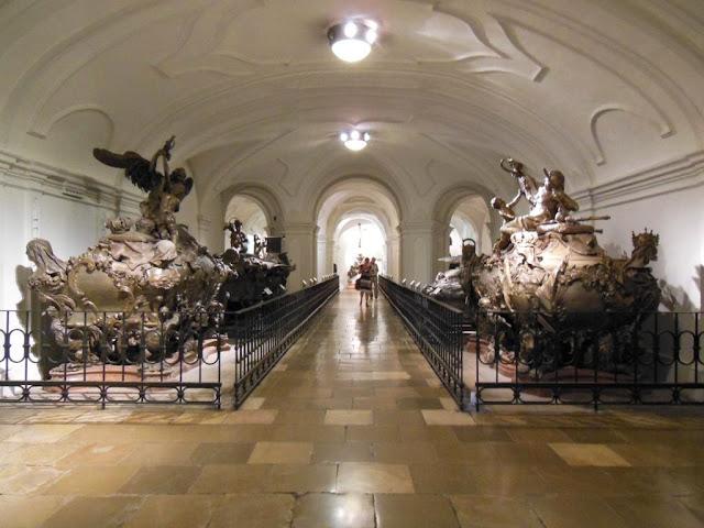 Interior de la Cripta de los Capuchinos