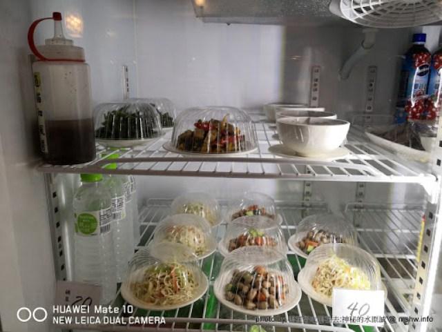 【食記】台中老北京麵食館@西區草悟道 : 以北京為名,沒賣麵的北京味嗎? 中式 區域 午餐 台中市 晚餐 西區 輕食 雞肉捲 飲食/食記/吃吃喝喝 麵食類