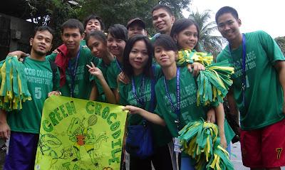Green team lining up