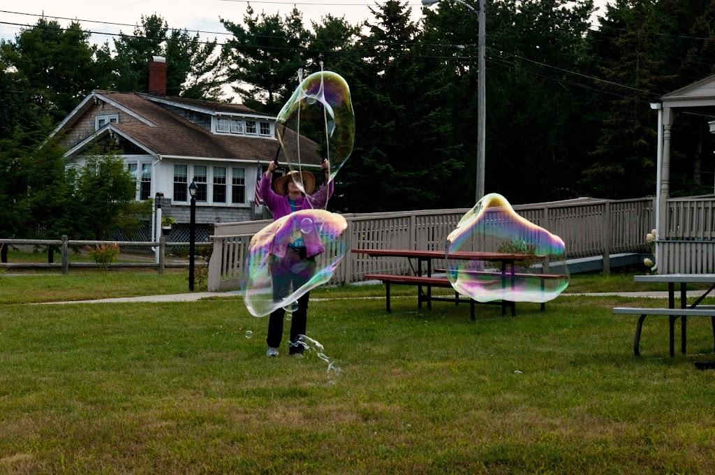 Ferry Beach-Bubbles-19