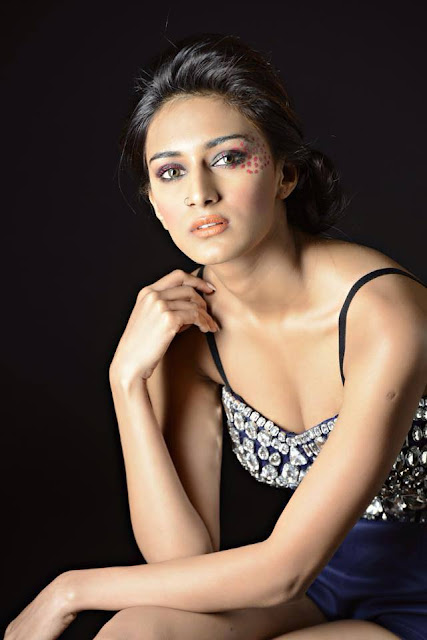 1620892 658618110862138 1446802636 n - Top 30 Most sexiest photos of Erica Fernandes- Hot Navel Cleavage Photo Gallery