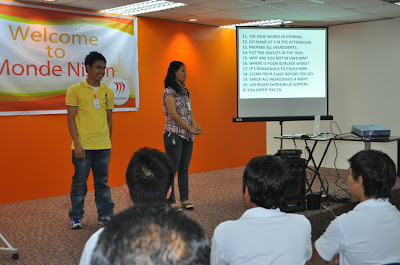 Batch 2: Moises and Joanna answers questions in sign language.