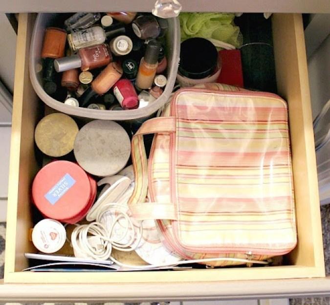 under-cabinet-organization-9