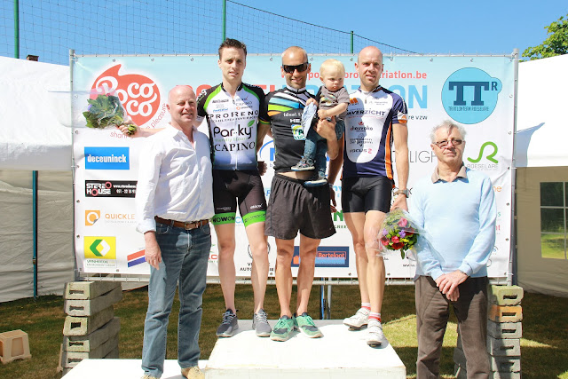 Podium heren 1/8e triatlon Roeselare 2015