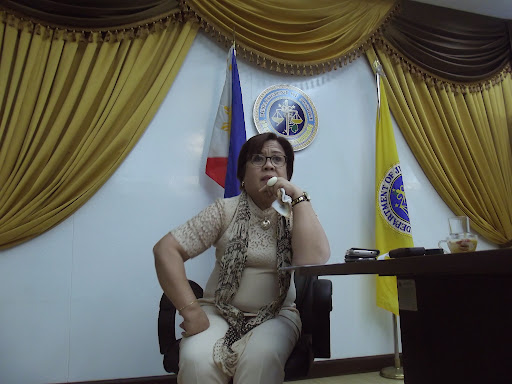 Secretary of the Department of Justice Leila de Lima listens to questions from SEAPA Fellows.