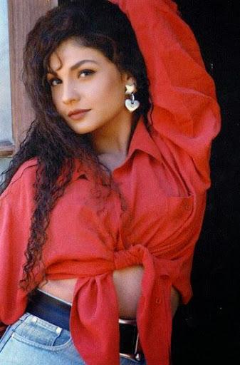 Pooja Bhatt Body Size