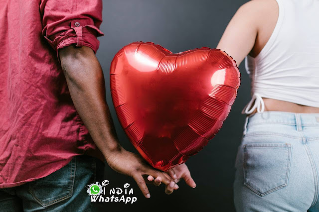 lovekiss-kissing-couple