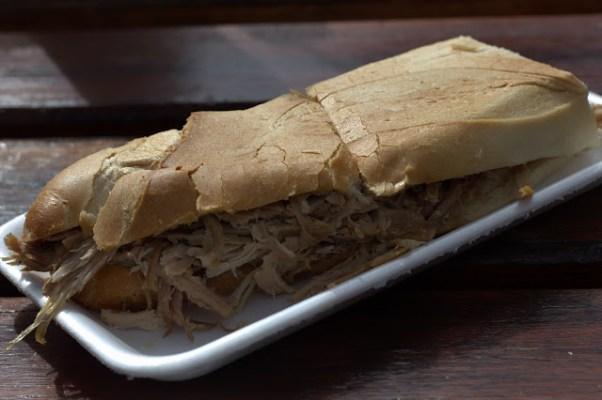 Sandwich de Pernil
