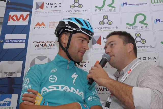Belgische Astana renner bij speaker Niko de Muyter