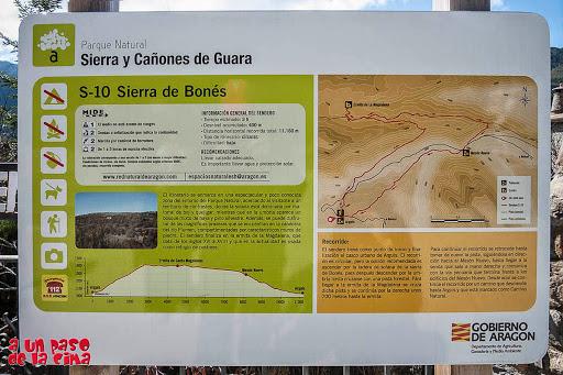 Cartel explicativo de la ruta. S-10 Sierra de Bonés. ©aunpasodelacima