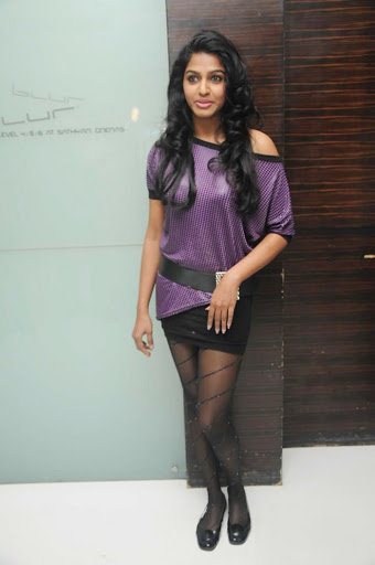 Dhansika Photos