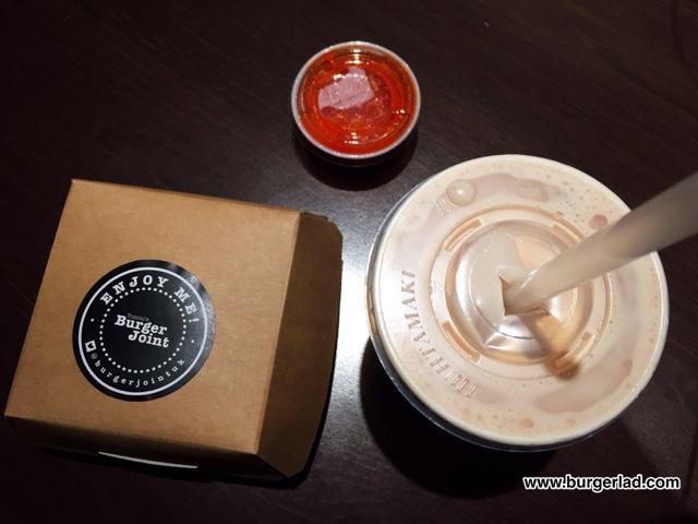 Tommi's Burger Joint La Hamburguesa