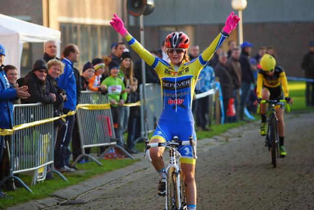 Kyenta Vanwalleghem wint aspirantencross mska Roeselare