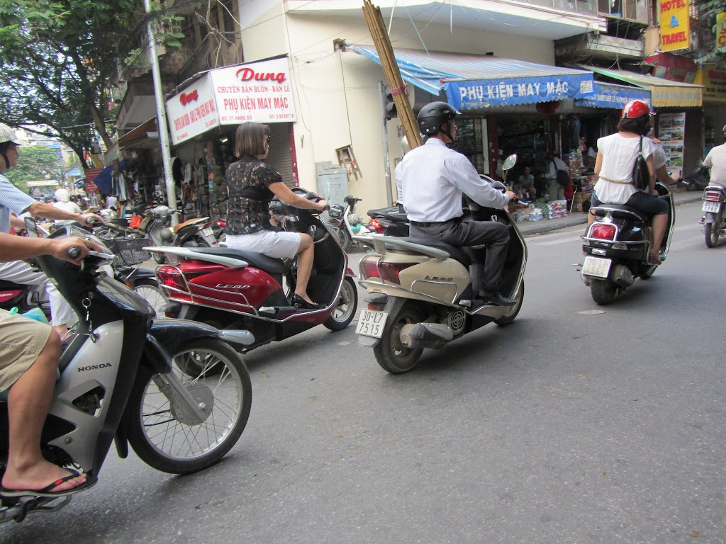 0026Pedicab_Ride_in_Hanoi