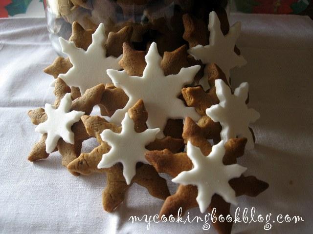 Джинджифилови (Gingerbread) бисквити - снежинки